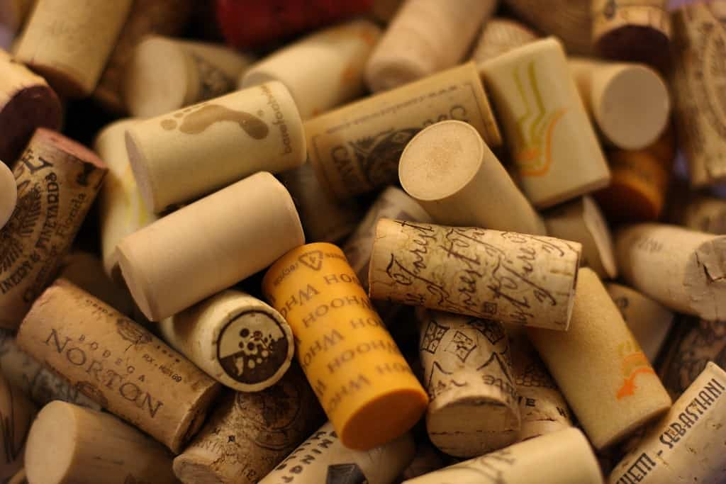 storing wine with synthetic corks