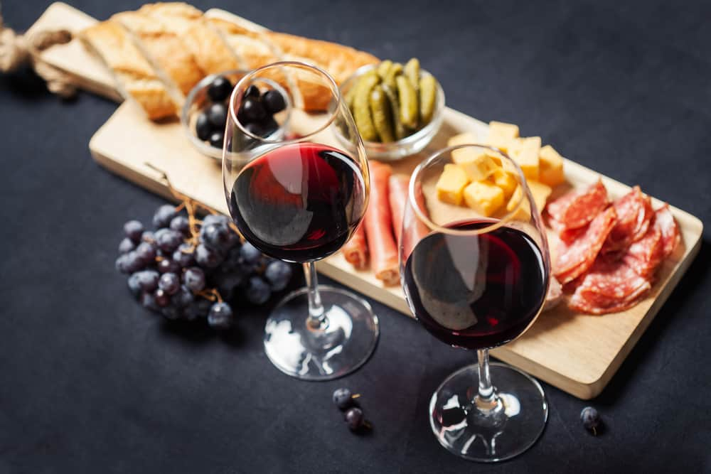 Board with Burgundy wine cheese pairing